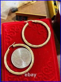 18K 750 Fine Real Saudi Yellow Gold Hoops Womens Earring 3.5 grams 3.2mm 1.5