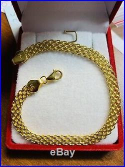 18K Saudi Gold Fine Bracelet 7 Long