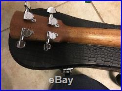 2015 Larrivee US-40 soprano ukulele with HSC very nice
