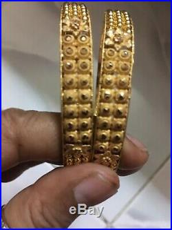 Elegant 21CT Yellow Gold Pair Of Bangles. 22.97Gram. Size2.7. Dubai D-free. H-Marked
