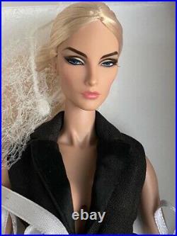Fashion Royalty Elise Intrigue MIB